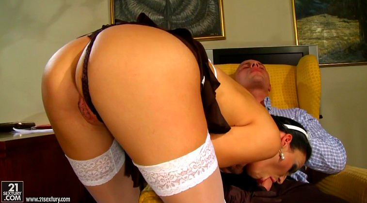The owner of the apartment fucks the maid