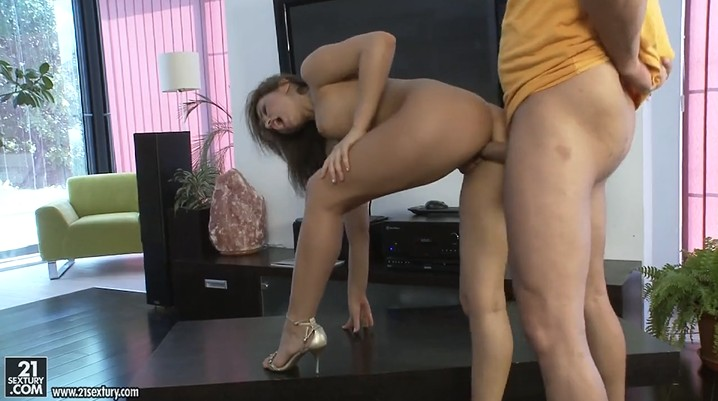 Heels hot girl Aleska Diamond