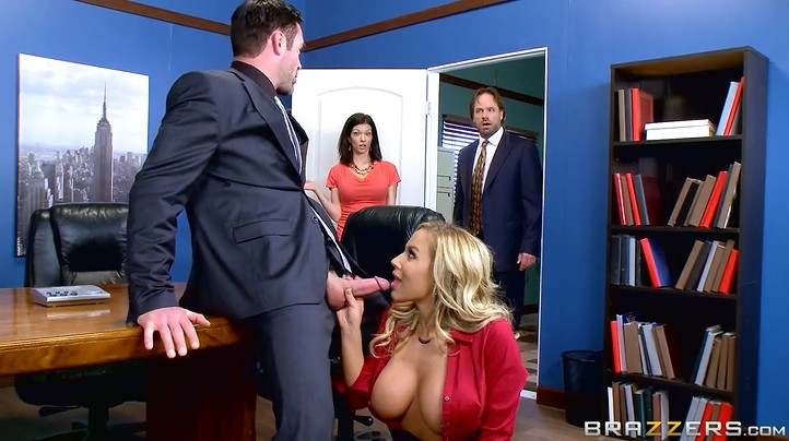 Secretary in the office in a short skirt seduces her boss