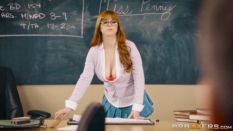 Substitute Teacher Sucks a Guy's Dick in Front of Students